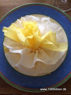 serviet blomst foldning